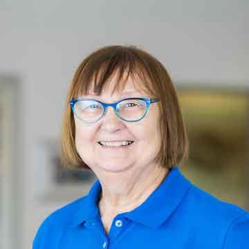 Angelika Sachs - kieferorthopädische Technikerin – Frau Sachs ist die Fachfrau für lose Spangen in unserer Praxis. Sie kann auf langjährige Erfahrung zurückblicken.