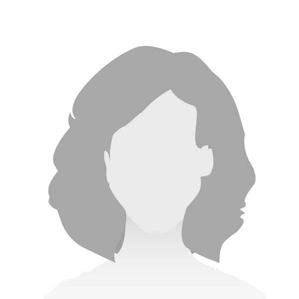 Kati Finster - Zahnmedizinische Fachangestellte – Frau Finster unterstützt unser Team in der Stuhlassistenz und Backoffice. Ab Oktober ist sie wieder ganz bei uns.